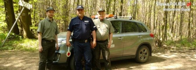 Policjanci ze strażą leśną patrolują lasy - Serwis informacyjny z Wodzisławia Śląskiego - naszwodzislaw.com