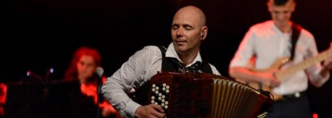 Marcin Wyrostek zagrał z Wodzisławską Orkiestrą Rozrywkową  - Serwis informacyjny z Wodzisławia Śląskiego - naszwodzislaw.com