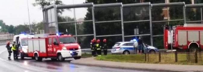 Wypadek na Marklowickiej w Wodzisławiu Śląskim. 59-letni rowerzysta trafił do szpitala - Serwis informacyjny z Wodzisławia Śląskiego - naszwodzislaw.com