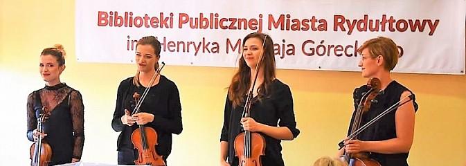 Rydułtowska biblioteka świętowała 70. urodziny - Serwis informacyjny z Wodzisławia Śląskiego - naszwodzislaw.com