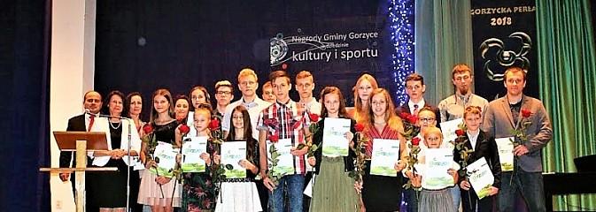 Gorzycka Perła. Uroczysta gala w DPS Gorzyce - Serwis informacyjny z Wodzisławia Śląskiego - naszwodzislaw.com