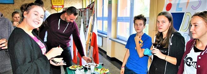 II Dzień Zdrowego Śniadania w Zespole Szkół Technicznych w Wodzisławiu Śląskim  - Serwis informacyjny z Wodzisławia Śląskiego - naszwodzislaw.com