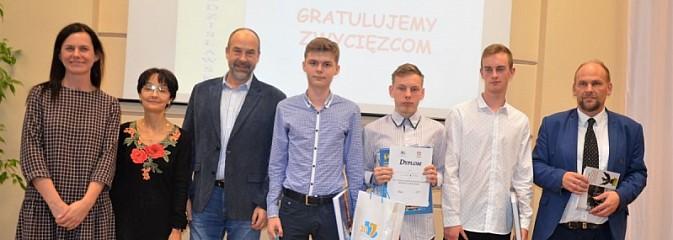 Uczniowie wykazali się wiedzą o regionie - Serwis informacyjny z Wodzisławia Śląskiego - naszwodzislaw.com