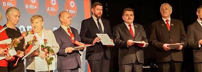 Prezydent wyróżniony podczas święta krwiodawców - Serwis informacyjny z Wodzisławia Śląskiego - naszwodzislaw.com