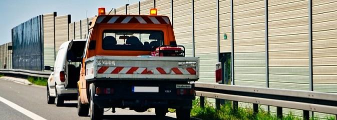 Jaką pomoc drogową wybrać przy stłuczce lub awarii? - Serwis informacyjny z Wodzisławia Śląskiego - naszwodzislaw.com