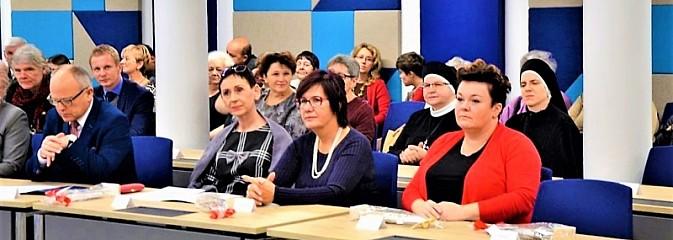 Telepomoc odpowiedzią na potrzeby społeczne - Serwis informacyjny z Wodzisławia Śląskiego - naszwodzislaw.com