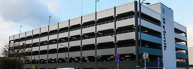 W lutym w Rybniku otworzą parking wielopoziomowy. Opłaty za postój mogą zaskakiwać  - Serwis informacyjny z Wodzisławia Śląskiego - naszwodzislaw.com