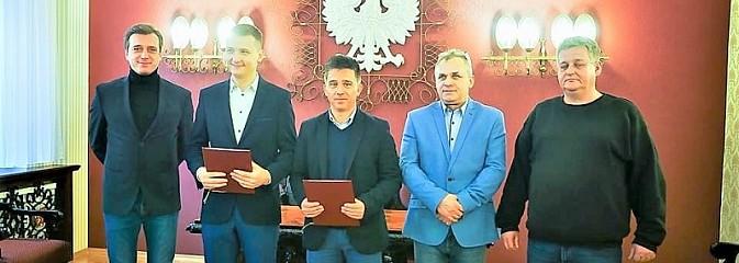 Wodzisławska Odra z umową o współpracy z Levante UD - Serwis informacyjny z Wodzisławia Śląskiego - naszwodzislaw.com