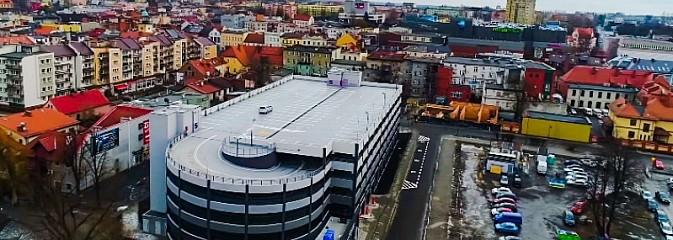 Nowy parking wielopoziomowy w Rybniku już działa. Zobacz jak z niego korzystać! WIDEO - Serwis informacyjny z Wodzisławia Śląskiego - naszwodzislaw.com