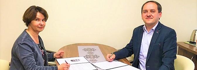 Wodzisławski Tischner podpisał umowę z sądem - Serwis informacyjny z Wodzisławia Śląskiego - naszwodzislaw.com