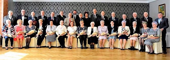 Już pół wieku razem. Piętnaście par małżeńskich odebrało medale - Serwis informacyjny z Wodzisławia Śląskiego - naszwodzislaw.com