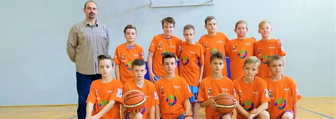 Młodzi koszykarze z Wodzisławia z wygraną i porażką na turnieju w Rybniku - Serwis informacyjny z Wodzisławia Śląskiego - naszwodzislaw.com
