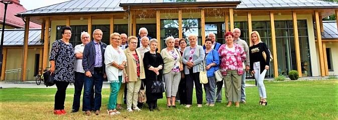 Seniorzy z Mszany z wycieczką u sąsiadów w Pawłowicach [FOTO] - Serwis informacyjny z Wodzisławia Śląskiego - naszwodzislaw.com