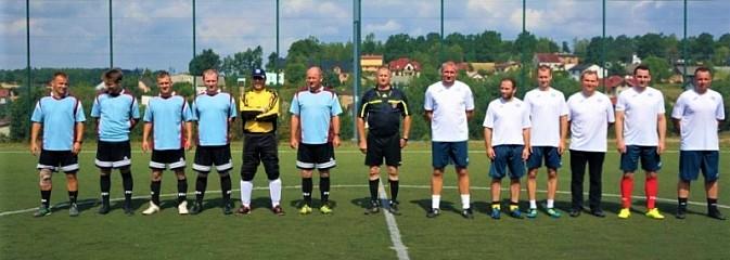 Turniej piłkarski na stulecie policji [FOTO] - Serwis informacyjny z Wodzisławia Śląskiego - naszwodzislaw.com