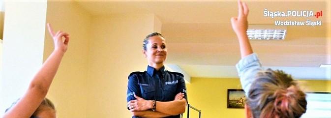Bezpieczne wakacje z dzielnicowymi w WCK - Serwis informacyjny z Wodzisławia Śląskiego - naszwodzislaw.com