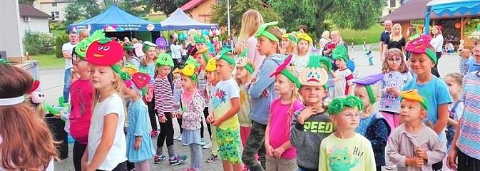 Baw się i śmiej. Festyn dla dzieci i młodzieży za nami [FOTO] - Serwis informacyjny z Wodzisławia Śląskiego - naszwodzislaw.com
