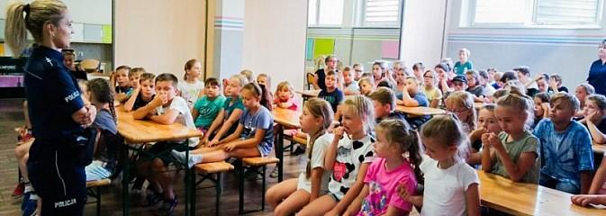 Z policjantami bezpiecznie na półkoloniach - Serwis informacyjny z Wodzisławia Śląskiego - naszwodzislaw.com