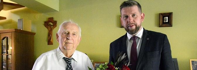 Prezydencka wizyta na dziewięćdziesiąte urodziny - Serwis informacyjny z Wodzisławia Śląskiego - naszwodzislaw.com
