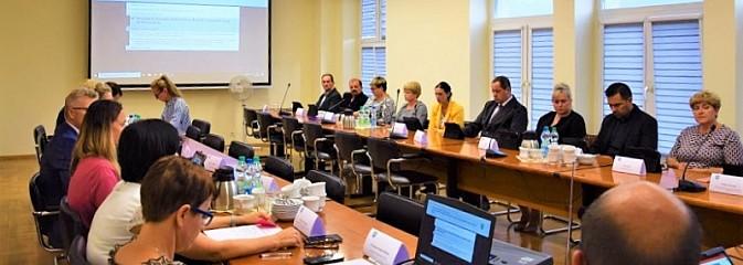 Nadzwyczajna sesja Rady Gminy Mszana. Podjęto dwie uchwały - Serwis informacyjny z Wodzisławia Śląskiego - naszwodzislaw.com