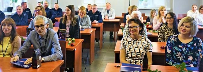 Święto korpusu służby cywilnej w wodzisławskiej komendzie - Serwis informacyjny z Wodzisławia Śląskiego - naszwodzislaw.com