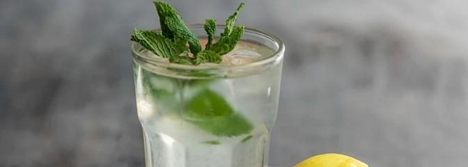Czy woda z cytryną pomaga na odchudzanie? - Serwis informacyjny z Wodzisławia Śląskiego - naszwodzislaw.com