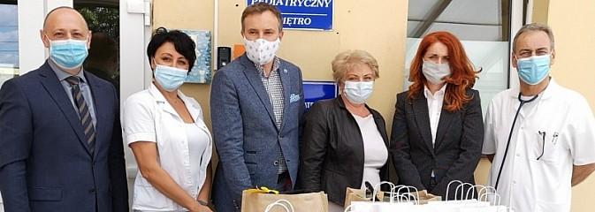 Niespodzianka starostwa dla małych pacjentów szpitala - Serwis informacyjny z Wodzisławia Śląskiego - naszwodzislaw.com