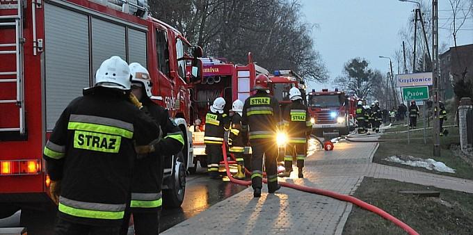 Pożar poddasza domu w Krzyżkowicach