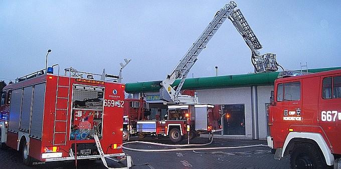 Pożar stacji paliw w Kokoszycach